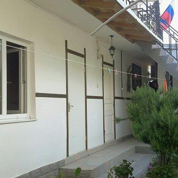 Частный дом Дворик